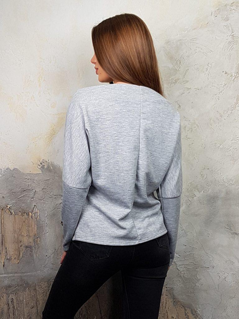 Дамска блуза с копчета на ръкавите WLS 2827 - 16