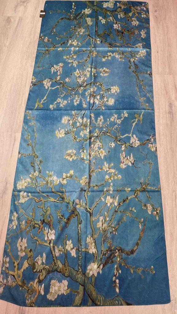 Шал Almond Blossoms - Vincent van Gogh 251