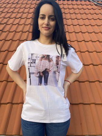 Тениска с щампа Bare shoulders Amo & Roma 92314