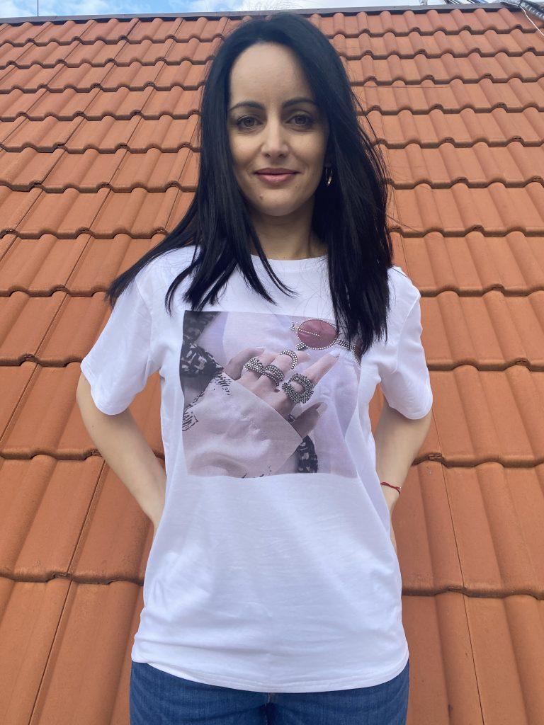 Тениска с щампа и камъни Glasses Amo & Roma 92409 - 1