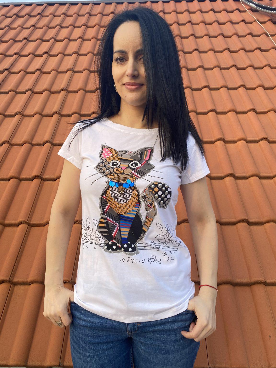 Тениска Cat с пайети, перли и камъни Miss Kiss 90926