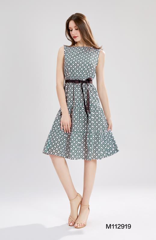 Дамска рокля на зелени маргаритки Sweet Miss M112919