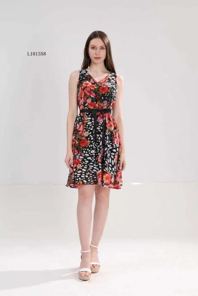 Феерична рокля от шифон с флорални мотиви L101358